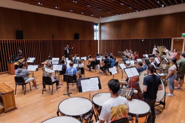 Concordia Wind Orchestra | Performance Groups | Concordia